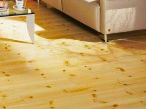 Pavimenti interni in legno massello